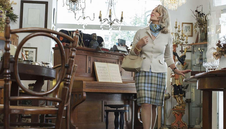 От чего зависит стоимость антикварной, старинной мебели